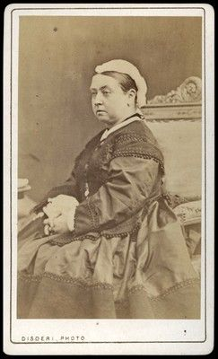 Queen Victoria, too, sat for several portraits